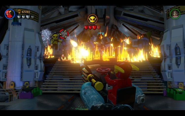 Flash con cannone ad acqua vs. Firefly, chi vincerà?