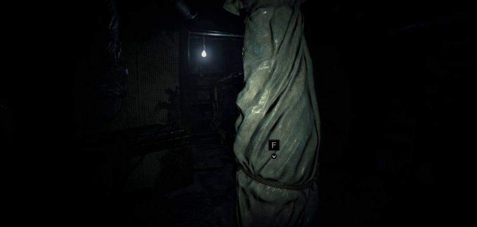 Resident Evil 7 Demo 7 933x445 - Resident Evil 7 Demo: come ottenere la moneta sporca