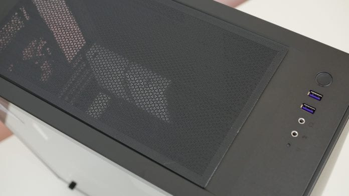 NZXT H400i recensione 5 696x392 - NZXT H400i - Recensione
