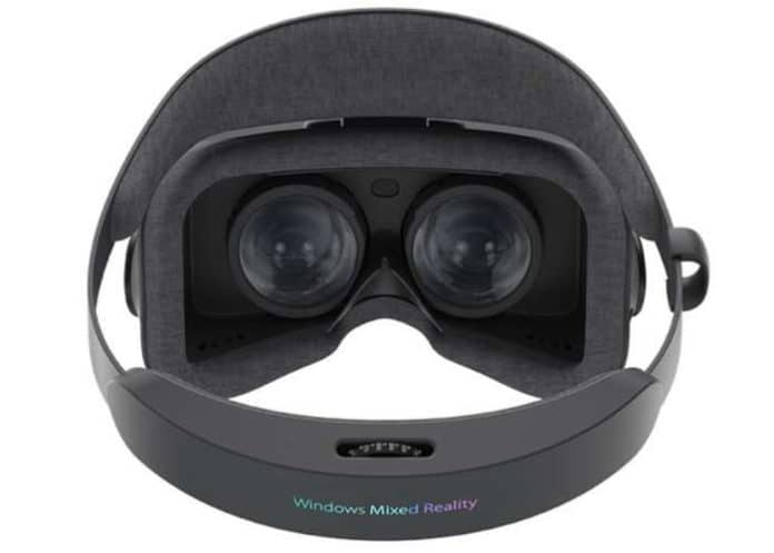 Asus HC102 visore mixed reality 3 696x497 - ASUS HC102, il visore Windows Mixed Reality, è finalmente disponibile