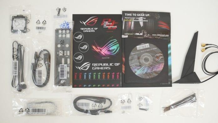 Asus ROG Strix Z370 I Gaming recensione 4 696x392 - Asus ROG Strix Z370-I Gaming - Recensione