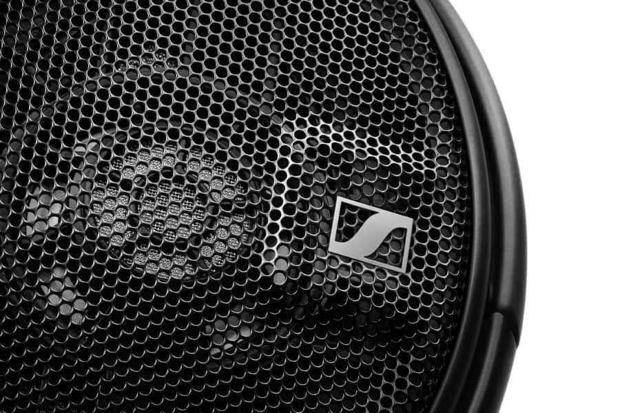 HD 660 S Detail Shot RGB red - Annunciate le nuove cuffie Sennheiser HD 660 S