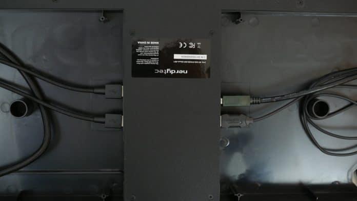Nerdytec Couchmaster Cycon 6 696x392 - Nerdytec Couchmaster Cycon - Giocare comodamente al PC sul divano