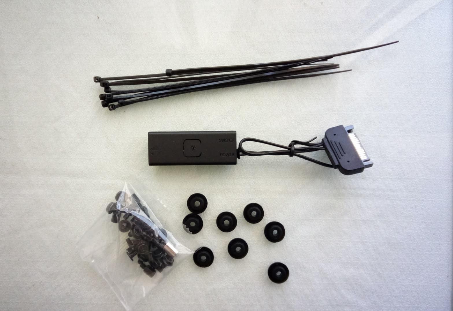 CM Q300P Centralina e Bundle - Case Cooler Master MasterBox Q300P - Recensione