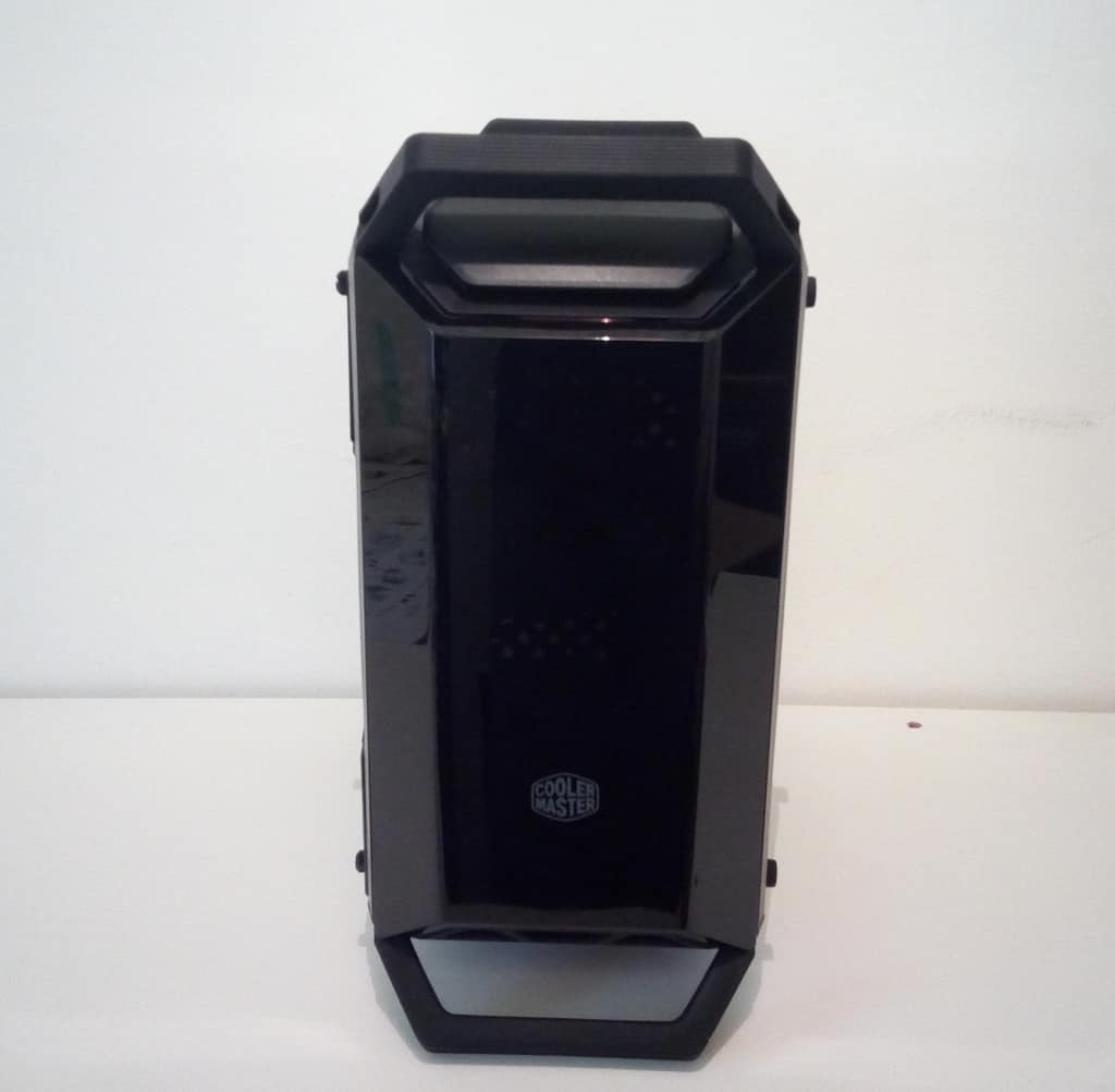 CM Q300P Front FILEminimizer - Case Cooler Master MasterBox Q300P - Recensione