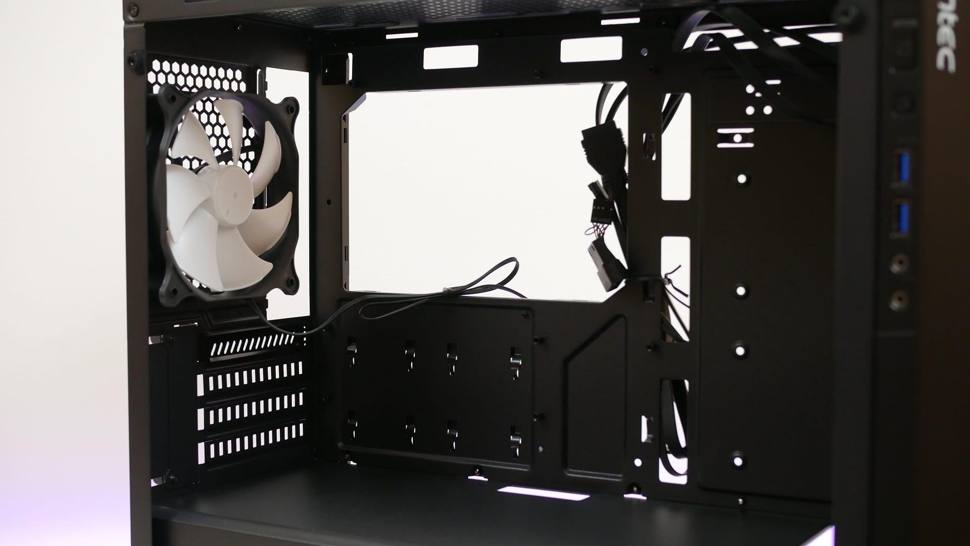 antec p6 recensione3 - Antec P6, recensione del nuovo case Micro-ATX
