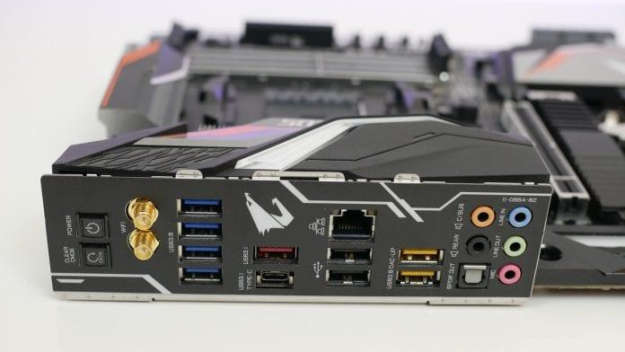 Gigabyte X470 Aorus Gaming 7 WiFi – Recensione 6 696x392 - Gigabyte X470 Aorus Gaming 7 WiFi - Recensione