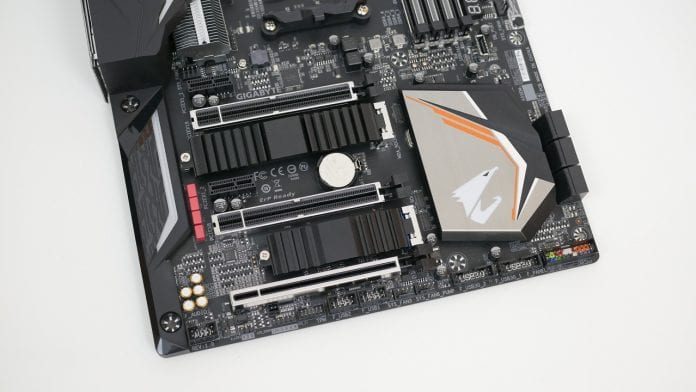 Gigabyte X470 Aorus Gaming 7 WiFi – Recensione 7 696x392 - Gigabyte X470 Aorus Gaming 7 WiFi - Recensione