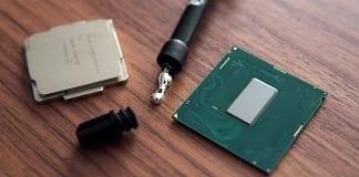 Intel conferma che le CPU a otto core di 9° generazione saranno saldate