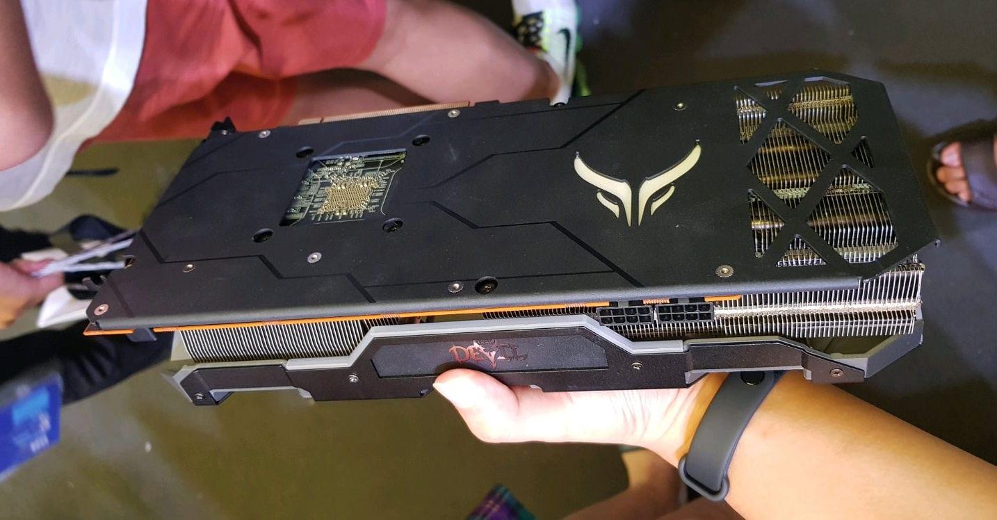 , PowerColor Radeon RX 5700 XT Red Devil in foto